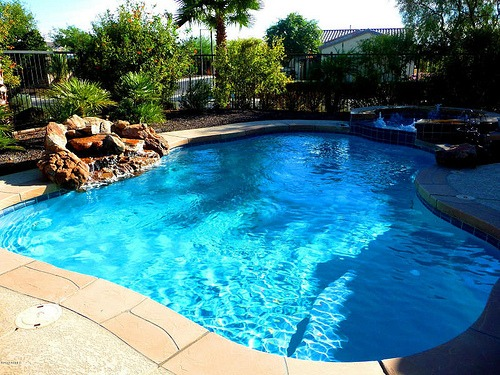 differences between indoor and outdoor pool maintenance